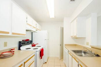4501 Landing Drive 1-2 Beds Apartment for Rent Photo Gallery 1