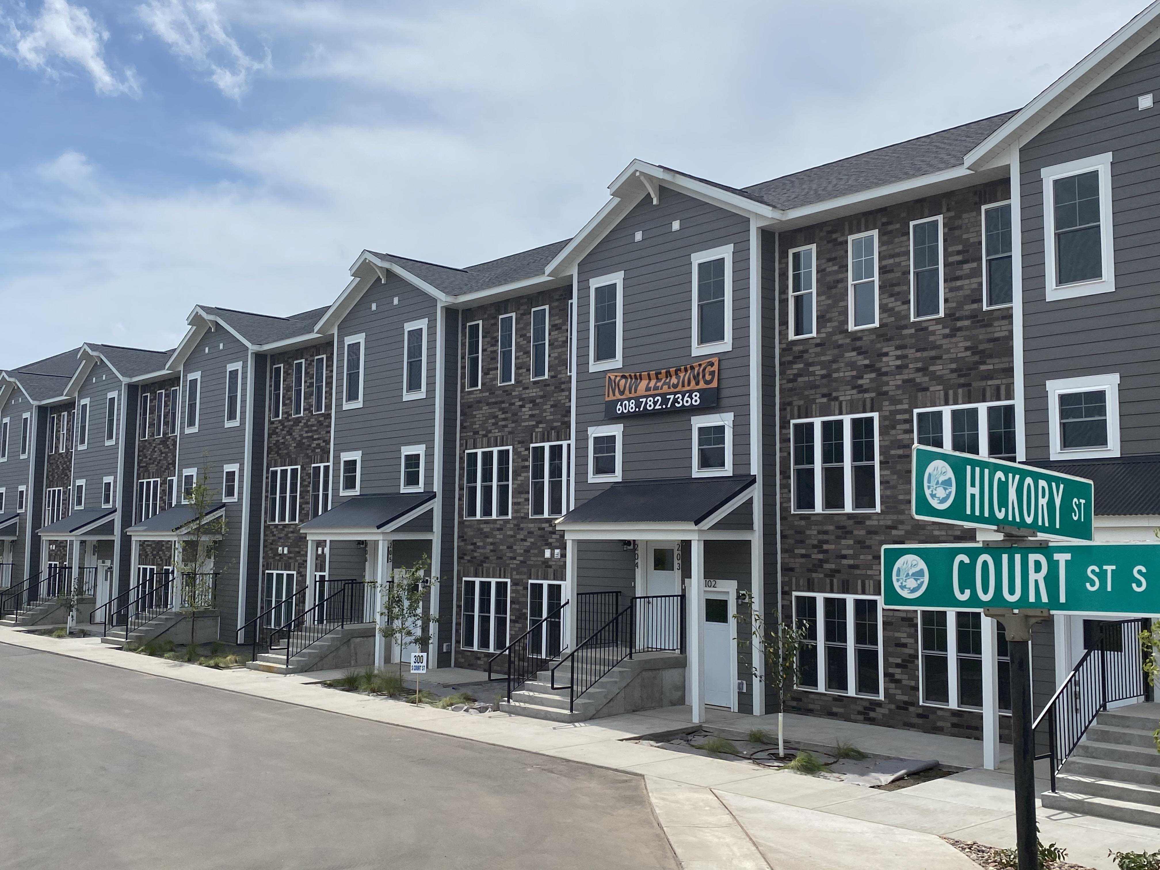 The Great River Residences | GRR | Oriole | Onalaska | 1, 2 & 3 BR | Apartment | Townhome | Three Sixty Real Estate