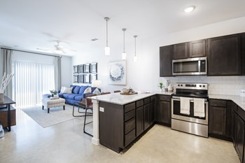 1040 Flathead Dr 1-3 Beds Apartment for Rent Photo Gallery 1