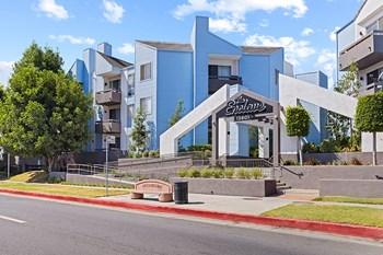 13801 Paramount Blvd. 1 Bed Apartment for Rent Photo Gallery 1