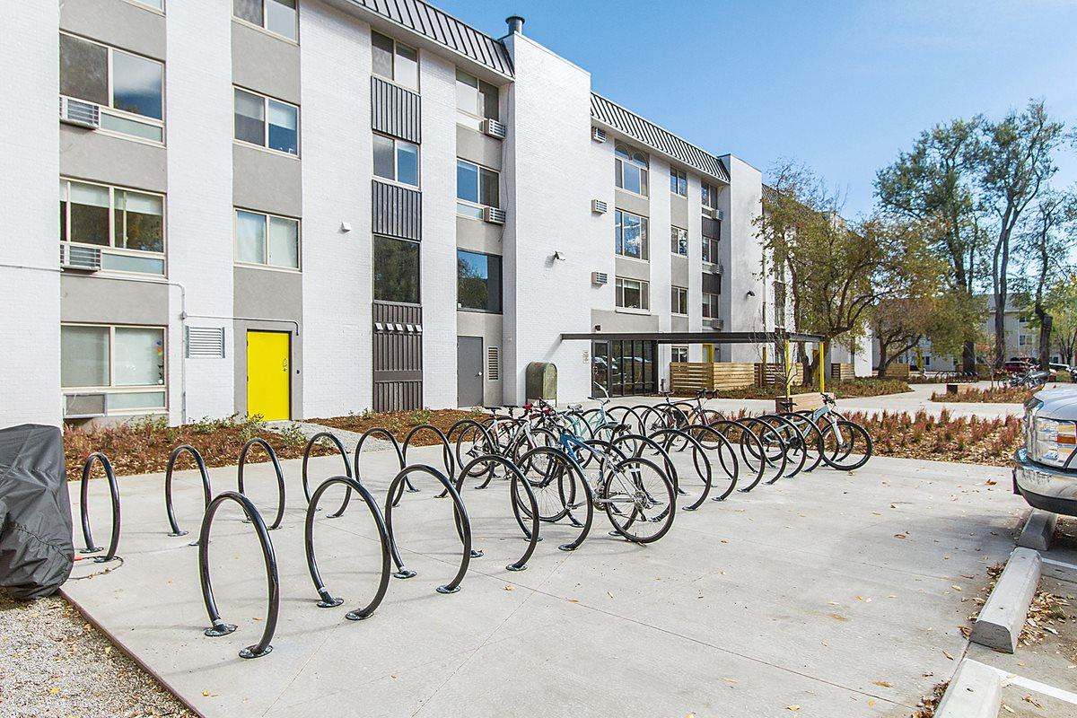 2121 Canyon Exterior Bike Racks