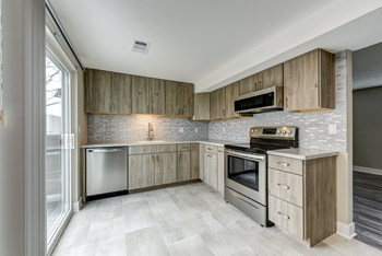 1602 Garfield 2 Beds Apartment for Rent Photo Gallery 1