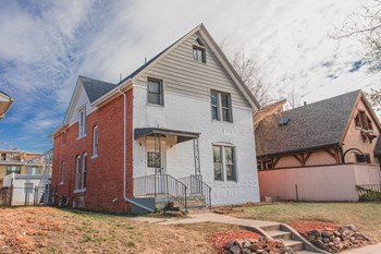 1920 S Washington St 1 Bed Apartment for Rent Photo Gallery 1
