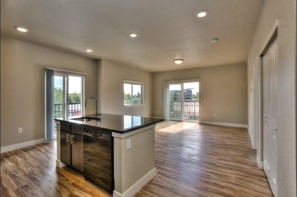 303 Prospect Station Livingroom