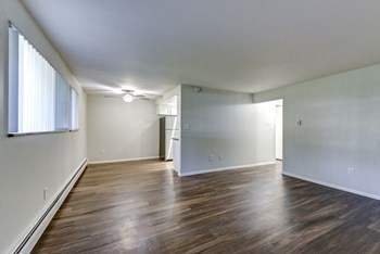 6449 Miller St 1 Bed Apartment for Rent Photo Gallery 1