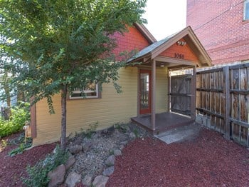 1068 13Th St  1 Bed House for Rent Photo Gallery 1