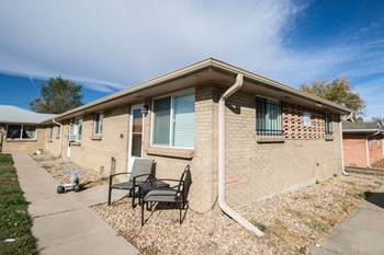 3405 Sheridan Blvd 2 Beds Apartment for Rent Photo Gallery 1