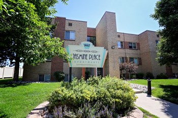 1460 Jasmine St 1 Bed Apartment for Rent Photo Gallery 1