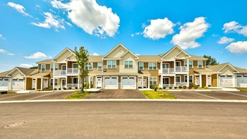 3145 Honey Run Drive 2 Beds Apartment for Rent Photo Gallery 1