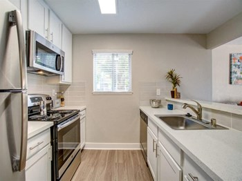 4501 Snell Ave Studio-2 Beds Apartment for Rent Photo Gallery 1