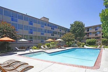 5475 Prospect Rd. 1-3 Beds Apartment for Rent Photo Gallery 1