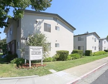 816-864 N Humboldt Ave. 1-4 Beds Apartment for Rent Photo Gallery 1