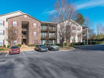 6940 Hidden Forest Dr 1-2 Beds Apartment for Rent Photo Gallery 1