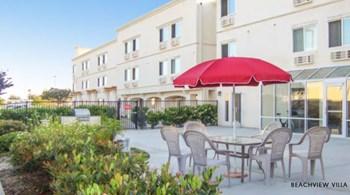8102 Ellis Avenue Studio Apartment for Rent Photo Gallery 1