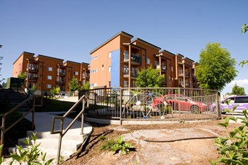 5855 W Hampden Ave 1-3 Beds Apartment for Rent Photo Gallery 1