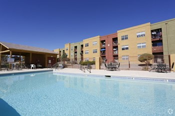 1355 Meadowlark Ln SE 1-2 Beds Apartment for Rent Photo Gallery 1