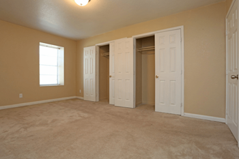 3800 Normandy Drive 1-3 Beds Apartment for Rent Photo Gallery 1