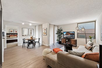 6730 Bull Run Road 1-2 Beds Apartment for Rent Photo Gallery 1