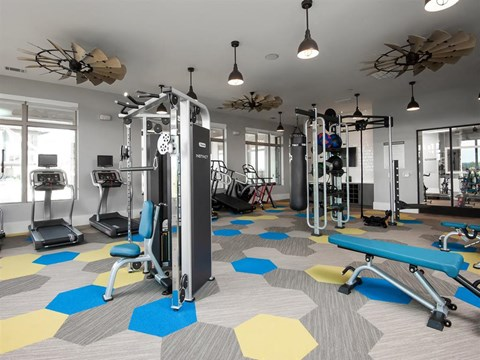 Two State-Of-The-Art Fitness Facility With Yoga And Strength Training at Kelley at Samuels Ave, Ft Worth, TX, 76102