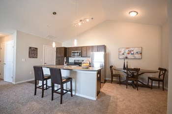 2000 Burgess Drive 3 Beds Apartment for Rent Photo Gallery 1