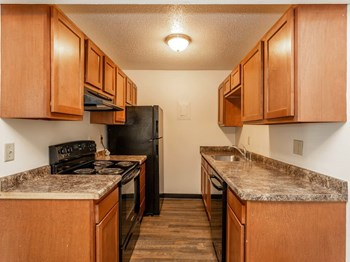 2400 Hickman Rd 1-2 Beds Apartment for Rent Photo Gallery 1