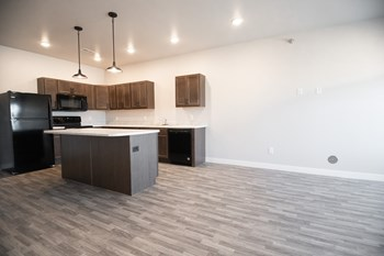 2837 S Lancaster Drive 1-3 Beds Apartment for Rent Photo Gallery 1