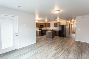 5025 S Bahnson Ave 2 Beds Apartment for Rent Photo Gallery 1