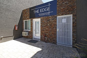 2501 W Ocotillo Rd. 1-2 Beds Apartment for Rent Photo Gallery 1