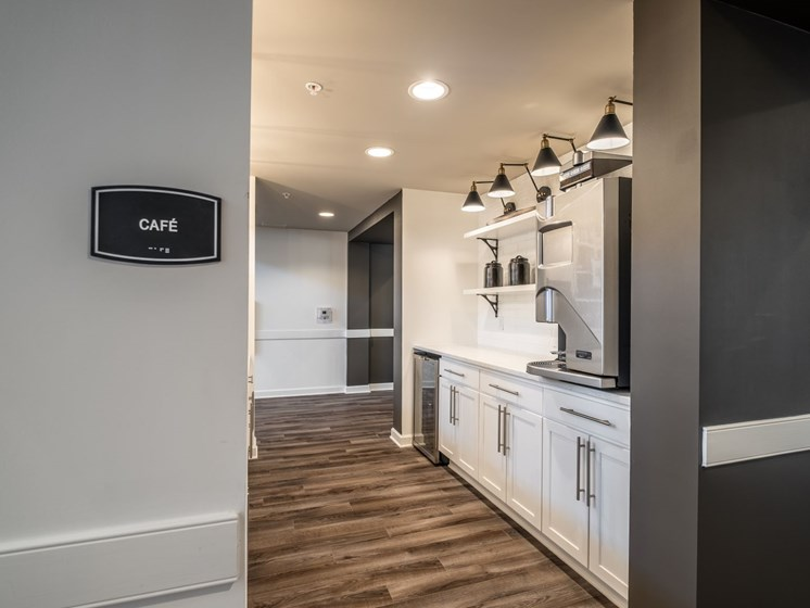 Cyber Cafe And Coffee Bar at Abberly CenterPointe Apartment Homes by HHHunt, Virginia, 23114
