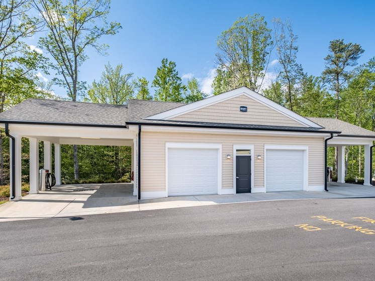 Universally Attached And Detached Garages at Abberly CenterPointe Apartment Homes by HHHunt, Midlothian, 23114