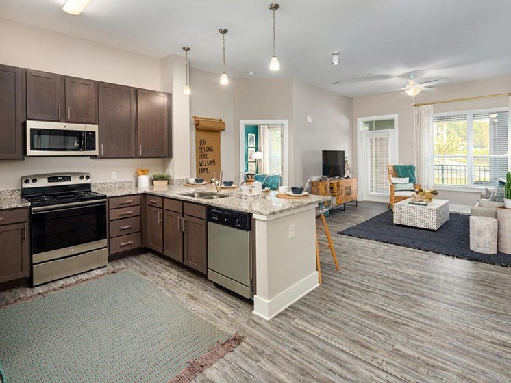 Fully Equipped Kitchen at Abberly Solaire Apartment Homes, North Carolina, 27529