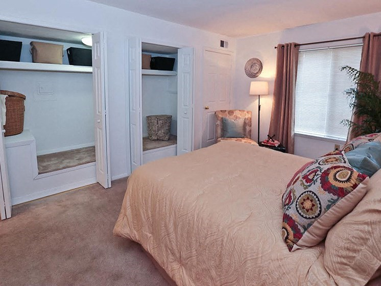 Extra-Comfy Furnishings at Hethwood Apartment Homes by HHHunt, Blacksburg, 24060
