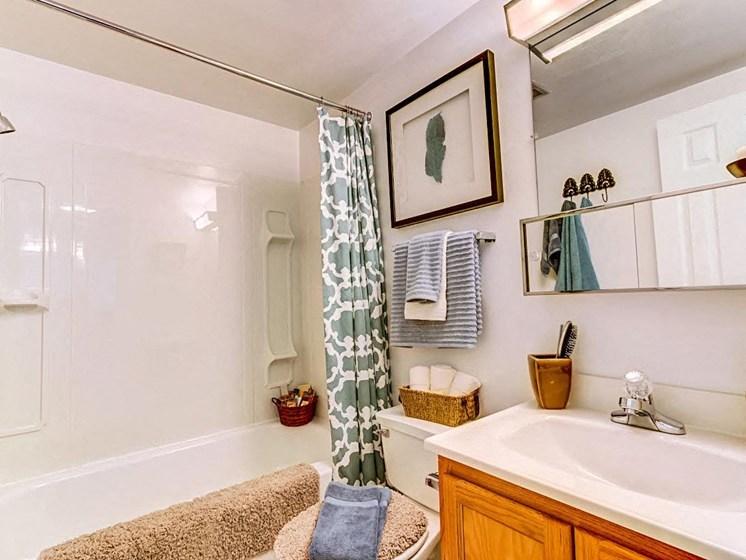 Garden Soaking Tubs at Hethwood Apartment Homes by HHHunt, Virginia, 24060