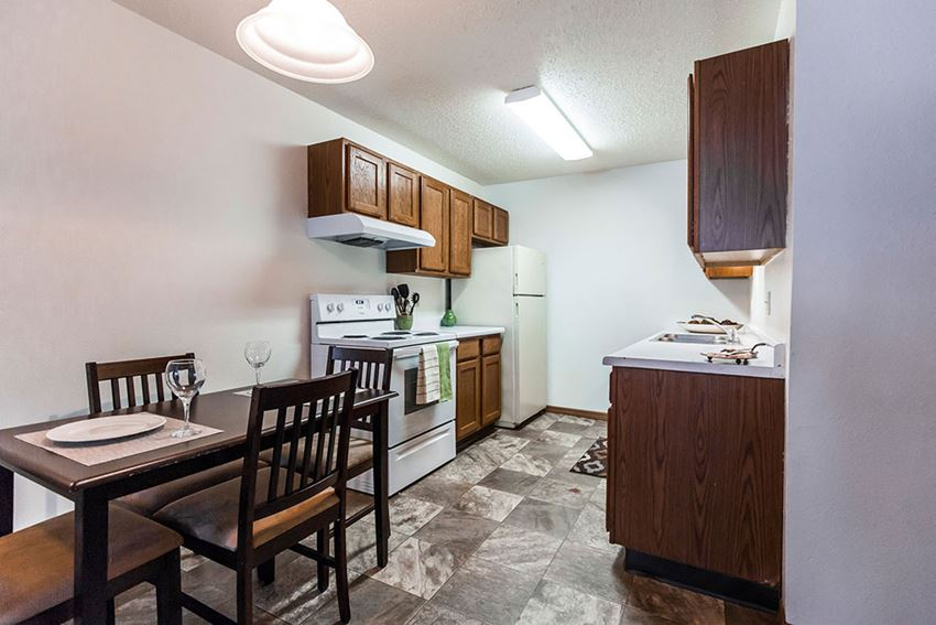 Autumn Apartments | Dining Room