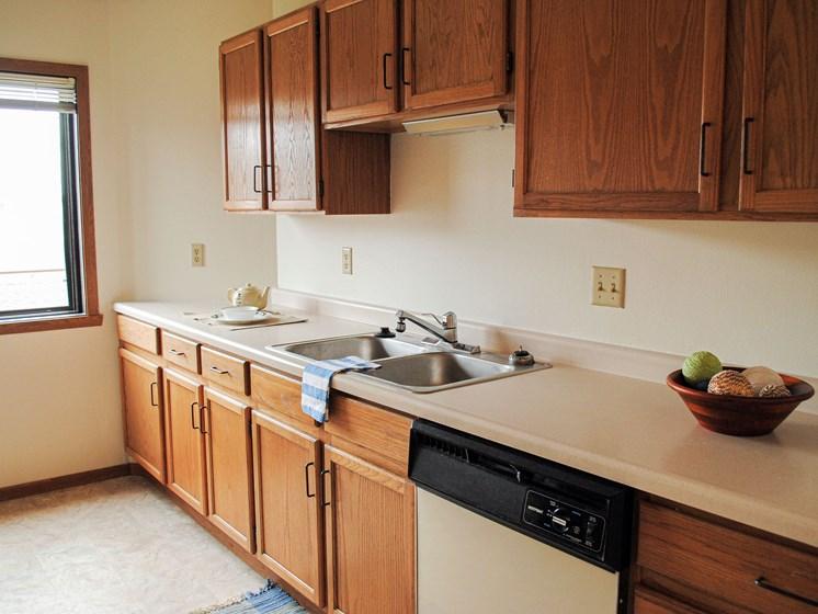 Bayview Apartments | Kitchen