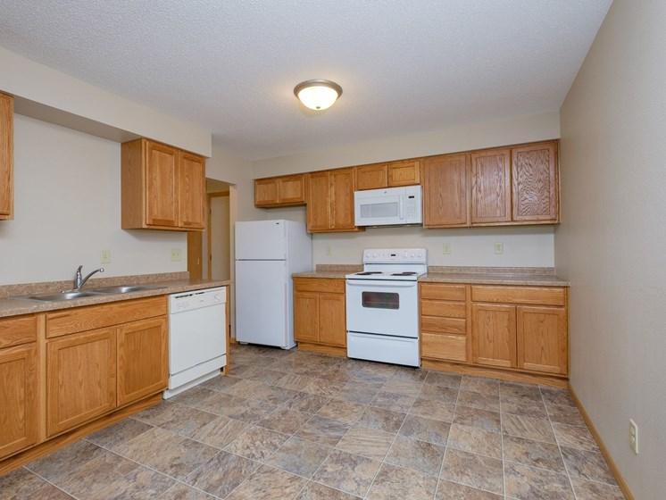 Birchwood Apartments | Kitchen