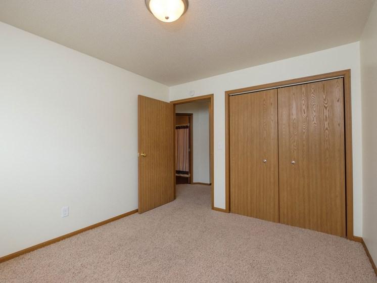 Cambridge Apartments | 2 Bedroom | Bedroom