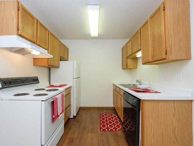 Cambridge Apartments | 2 Bedroom | Kitchen