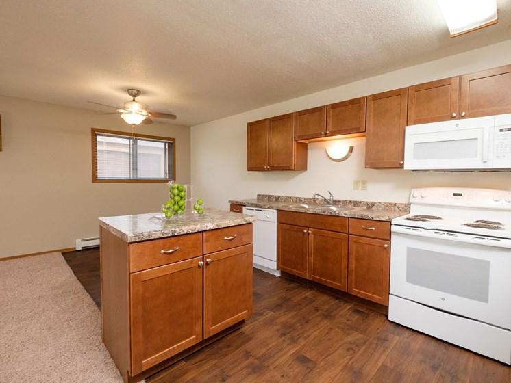 Cedars 2 Apartments | Kitchen-Dining