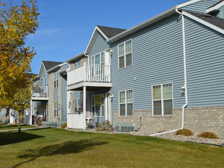 Charleswood Townhomes | Fargo, ND