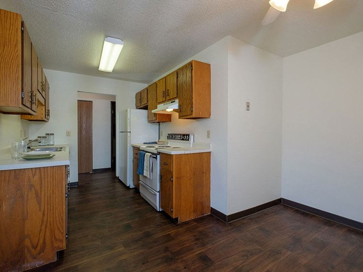 Countryside Apartments | Kitchen