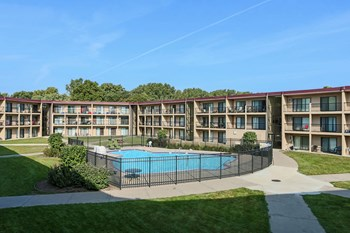 2524 Highway 100 S 1 Bed Apartment for Rent Photo Gallery 1