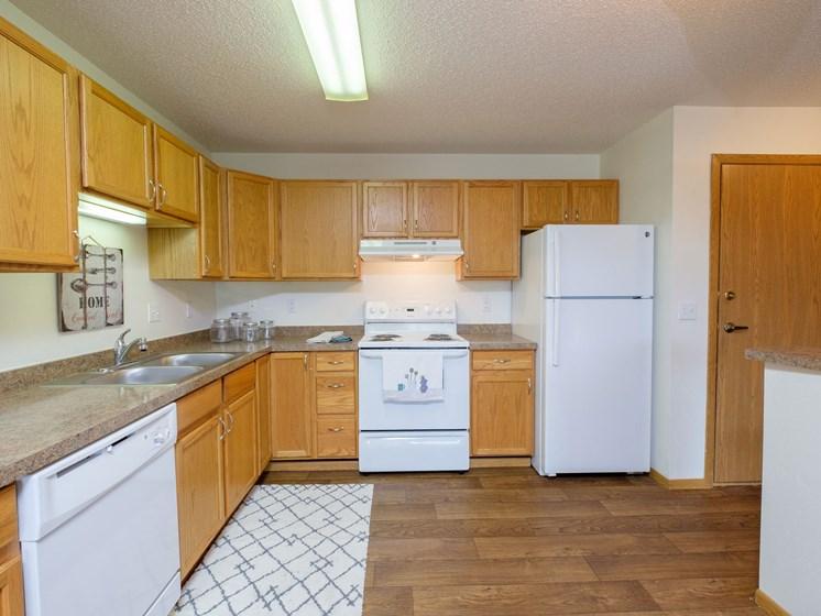 Danbury Apartments | 2 Bdrm - Kitchen