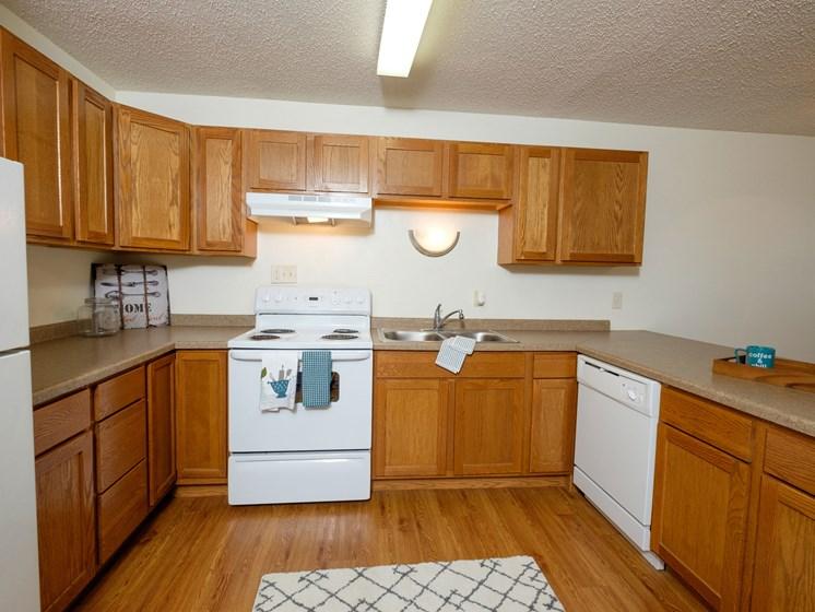 Dynasty 1 Apartments | 2 Bdrm - Kitchen