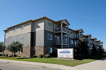 1951 Dakota Dr N Studio-4 Beds Apartment for Rent Photo Gallery 1