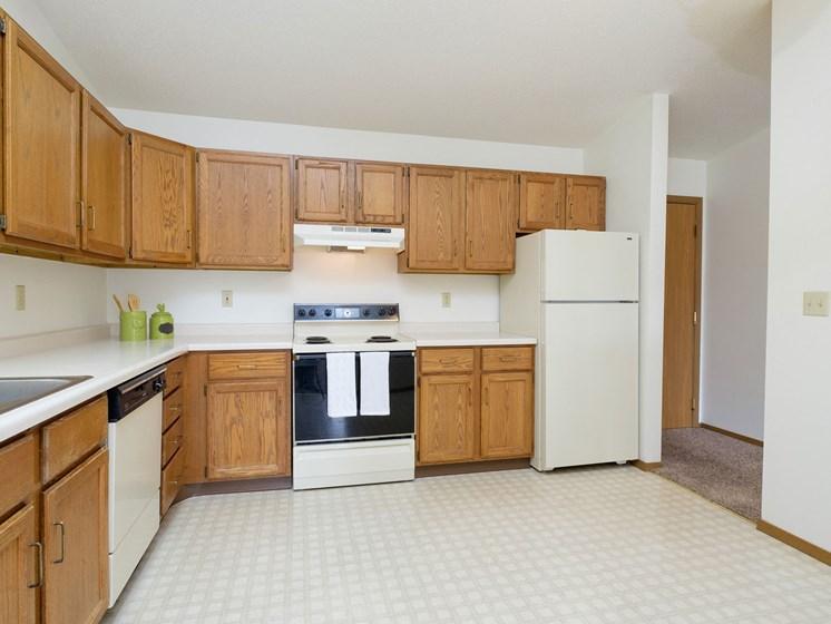 Flickertail I-VI Apartments | 1 Bdrm - Kitchen