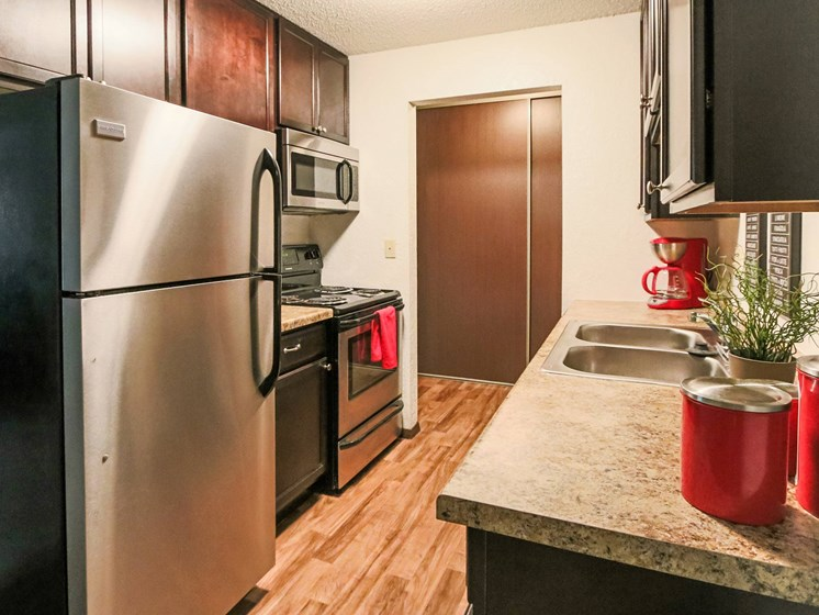 Glen Pond Apartments | Kitchen