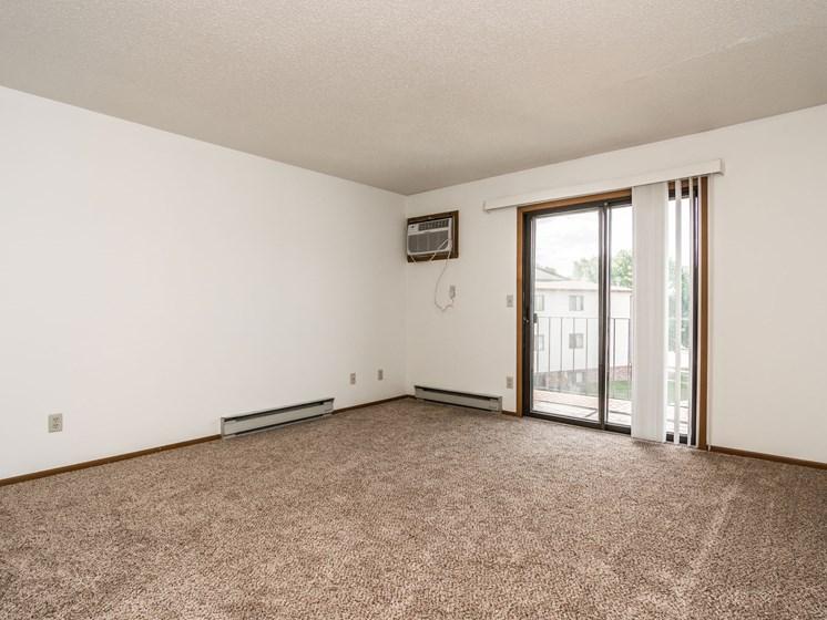 Harrison Apartments | 2 Bedroom | Living Room