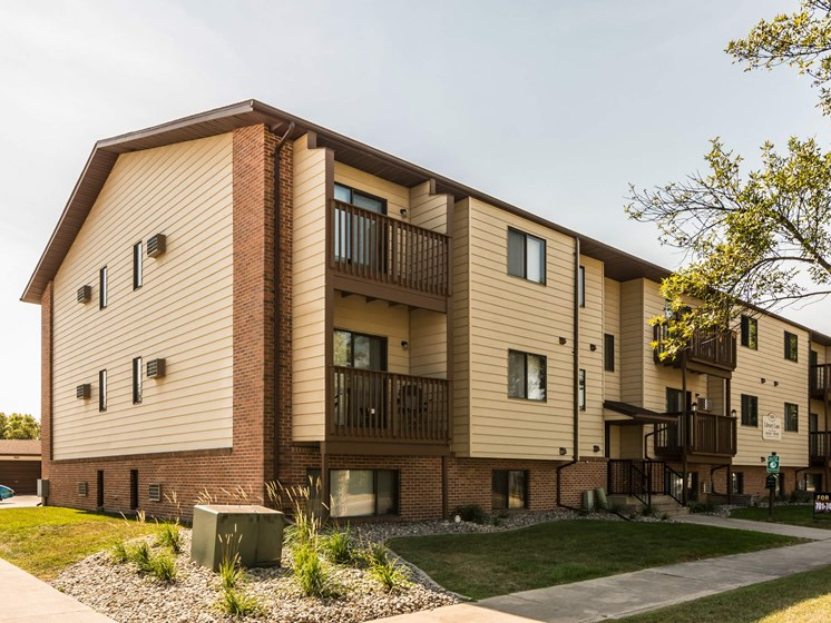 Library Lane Apartments | Grand Forks, ND