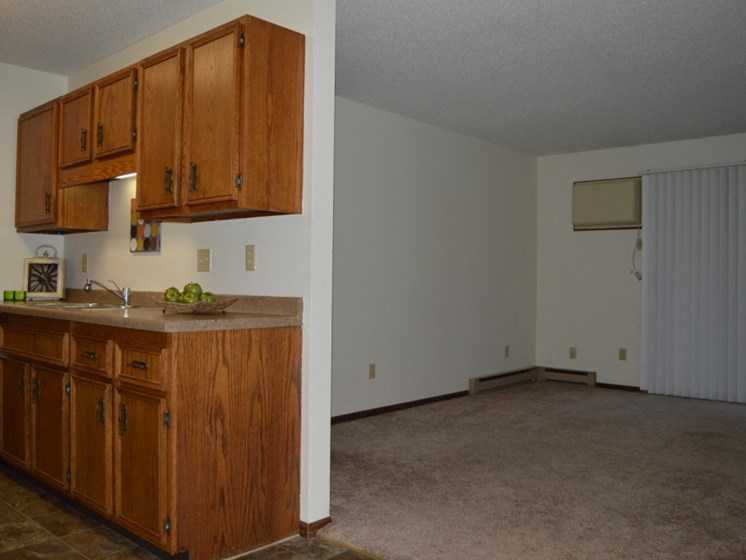 Long Island Apartments | 2 Bedroom | Kitchen | Living Room